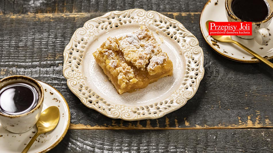 TRADITIONAL SZARLOTKA APPLE PIE RECIPE