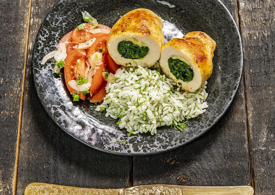 JUICY CHICKEN ROLLS WITH SPINACH RECIPE