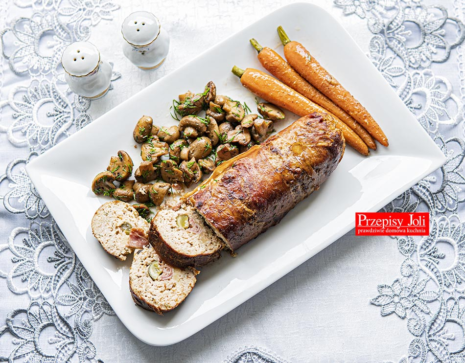TURKEY ROULADE DINNER RECIPE