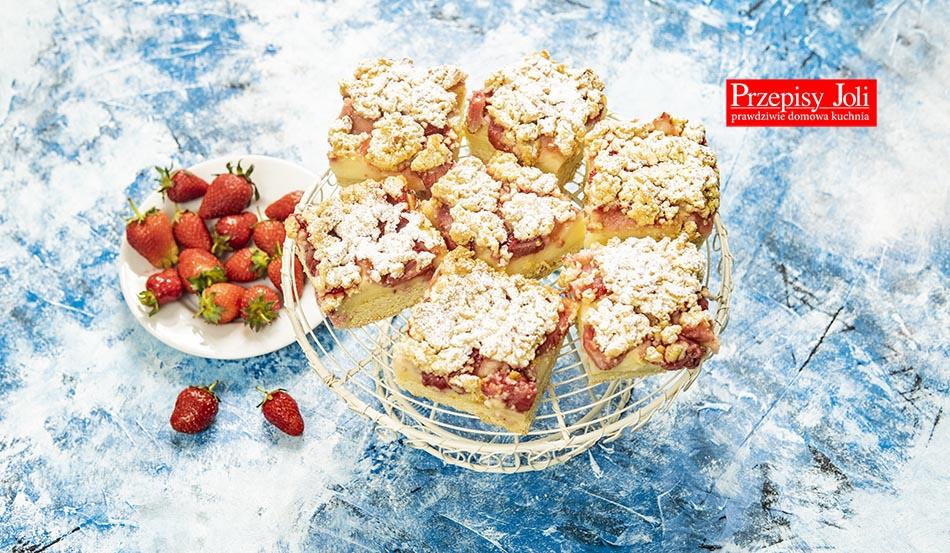 CRUSTY STRAWBERRY CUSTARD CAKE RECIPE