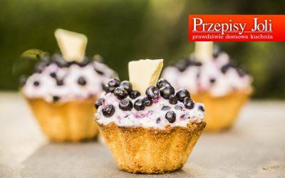 CRUSTY BLUEBERRY CUPCAKES – TASTY RECIPE